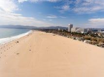Vogelperspektive von Santa Monica Beach, Kalifornien Stockfotos