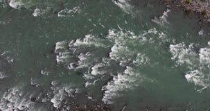 Vogelperspektive von Skykomish-Fluss stock video