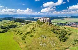 Vogelperspektive von Spissky-hrad oder von Spis-Schloss, ein UNESCO-Bauerbe in Slowakei stockbilder