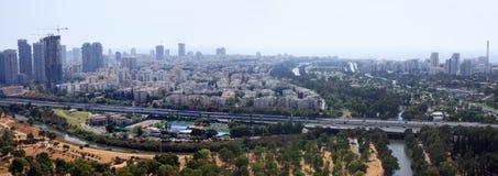 Vogelperspektive von Tel Aviv Skylinen Lizenzfreie Stockfotos