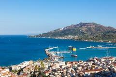 Vogelperspektive von Zakynthos-Stadt in Zante-Insel, in Griechenland lizenzfreie stockbilder