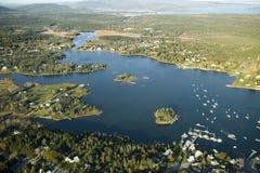 Vogelperspektiven von Vorort des Acadia-Nationalparks, Maine im Herbst Stockbilder