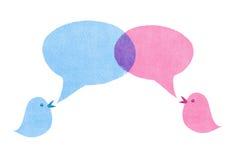 Vogels met Blauwe en Roze Toespraakbellen royalty-vrije illustratie