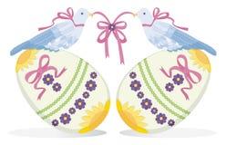 Vogels op Eieren Stock Afbeelding