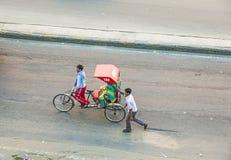 Vogelschau auf eine Rikscha in Jaipur Stockbild