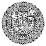 Vogelthema Eulenschwarzweiss-Mandala mit abstraktem ethnischem aztekischem Verzierungsmuster Lizenzfreie Stockbilder