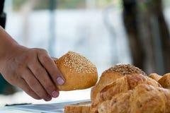 Voglia prendere il pane della pagnotta Fotografia Stock Libera da Diritti