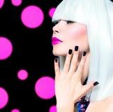 Vogue-Art-Modell Portrait lizenzfreie stockfotos