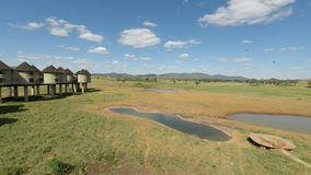 Voi, Κένυα, τον Ιούνιο του 2018 circa - ζωηρόχρωμο τοπίο στο άνετο οίκημα φιλμ μικρού μήκους