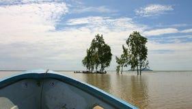 Voie à Phnom DA près de Takeo. Le Cambodge. Photo stock