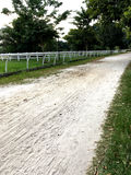 Voie d'équitation avec les traînées blanches Photo libre de droits