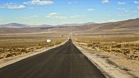Voie dans le désert image libre de droits