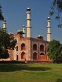 Voie de base au tombeau d'Akbar d'empereur, Agra Image libre de droits