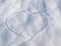 Voie de coeur dans la neige Photographie stock libre de droits
