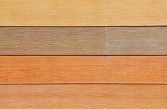 Voie de garage en bois de couleur neutre Photographie stock