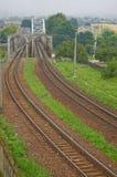 Voie ferroviaire, croisement de passerelle Photos libres de droits