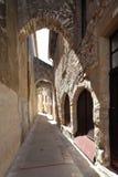 Voie médiévale de ruelle images stock