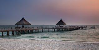 Voie plage vers mer, Sihanoukville, Cambodge. Images libres de droits