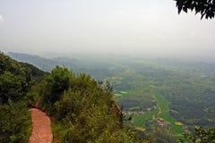 Voie sur la montagne de Qiyun, Chine Image libre de droits