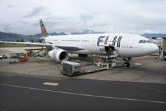 Voies aériennes Boeing 737-800 des Fidji Photos stock