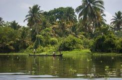 Voies d'eau et bateaux du Kerala Images libres de droits