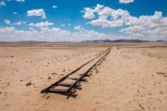 Voies de chemin de fer abandonnées dans le désert, Namibie photographie stock