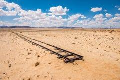 Voies de chemin de fer abandonnées dans le désert, Namibie images libres de droits