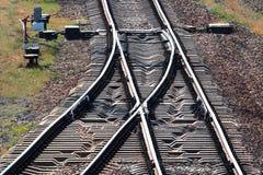 Voies de chemin de fer avec le commutateur photographie stock libre de droits