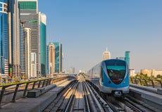 Voies de souterrain de métro aux Emirats Arabes Unis Image libre de droits