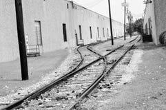 Voies de train en noir et blanc Photographie stock