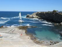 Voile de port de yacht de Hermanus Images stock