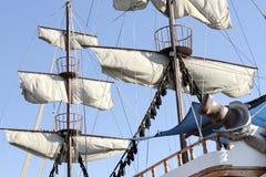 Voiles d'un bateau antique Photographie stock libre de droits