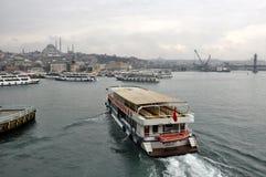 Voiles de bateau, vues d'Istanbul image stock