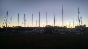 Voiliers au coucher du soleil Photos libres de droits