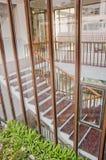 Voir les escaliers intérieurs Photographie stock libre de droits