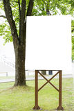 Voir les mes autres travaux dans le portfolio Panneau d'affichage vide vertical avec l'espace de copie pour le message textuel ou Images stock
