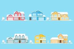 Voisinage avec des maisons illustrées sur le bleu Photo stock