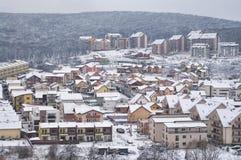 Voisinage de flanc de coteau d'hiver Photographie stock libre de droits