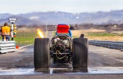 Voiture à moteur gonflé arrière de moteur Images libres de droits