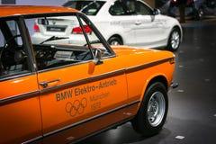 Voiture électrique orange Image stock