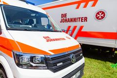 Voiture allemande d'ambulance de matrice Johanniter photos stock