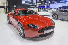 Voiture avantageuse de coupé d'Aston Martin V8 Image stock
