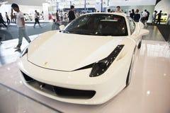 Voiture blanche de Ferrari Images libres de droits