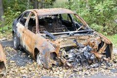 Voiture brûlée image libre de droits