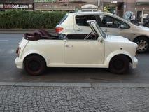 Voiture convertible de Mini Cooper photographie stock