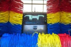 Voiture dans la lave-auto Photographie stock libre de droits