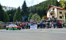 Voiture de accord de rassemblement de Fiat 124 Abarth Photos stock