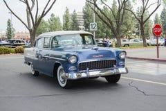 Voiture de classique de Chevrolet 210 sur l'affichage Images libres de droits