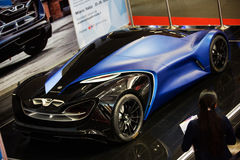 Voiture de concept d'IED Syrma Photo stock