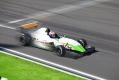 Voiture de course de la formule 2 Photos stock